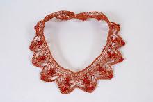 Collar picos de cobre con coralina