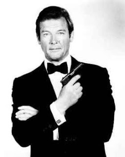 james bond roger moore - photo #10