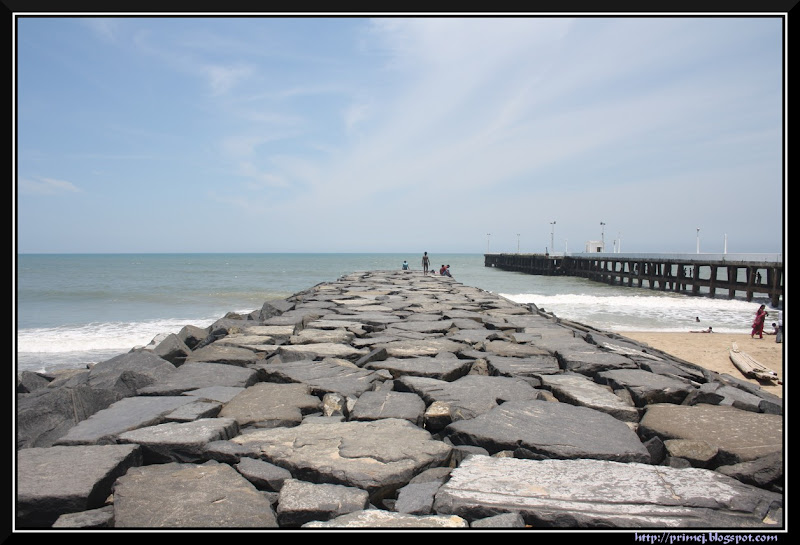 Sea wall, Pondicherry