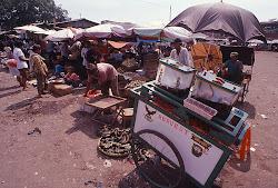 Pasar Kanoman