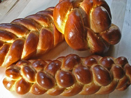 Jewish wedding challah bread