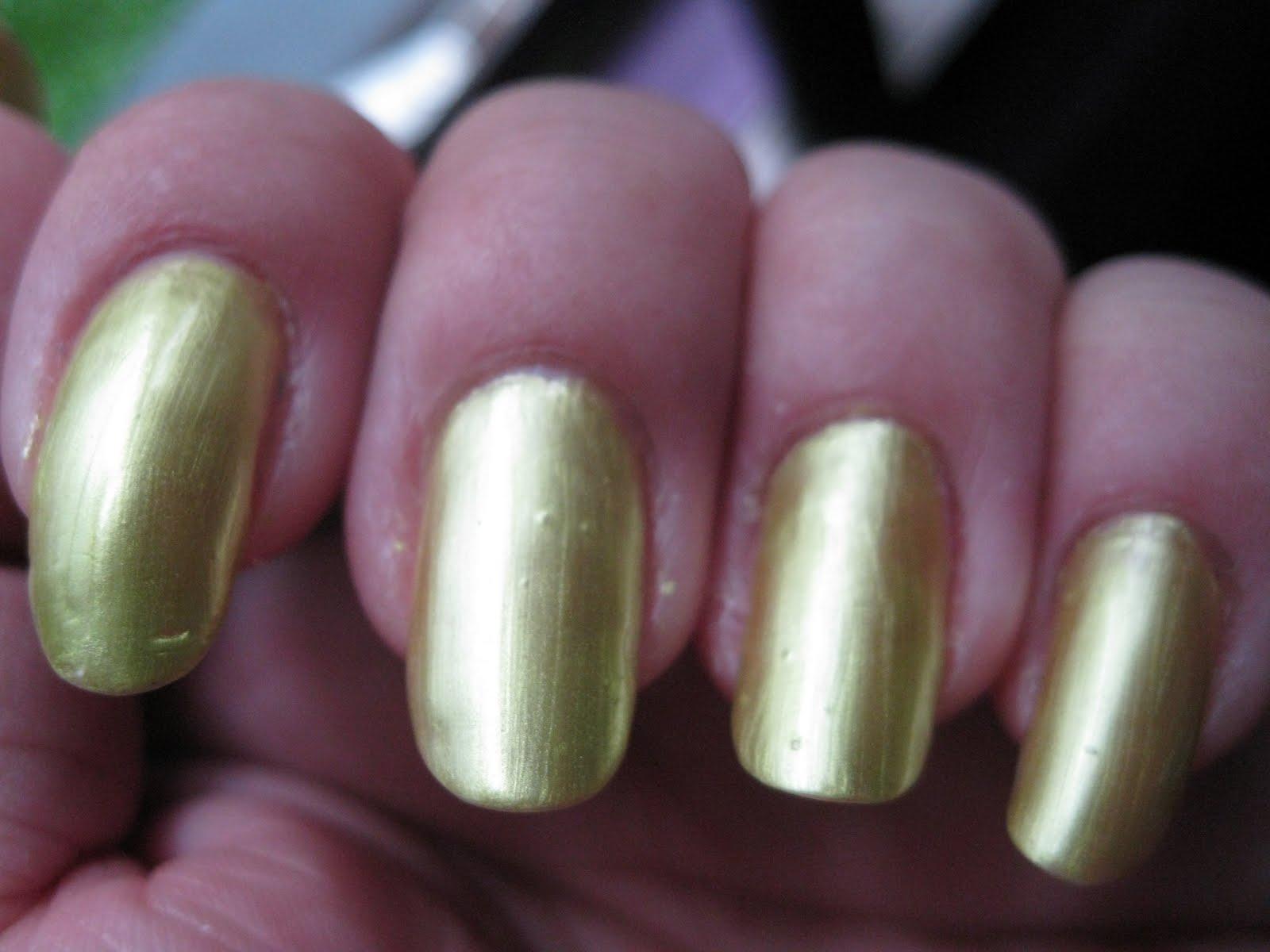 polished tips and toes: Gatorade Nails