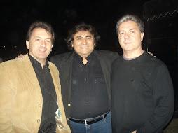 Los Mackay junto a Mario Alvarez Quiroga