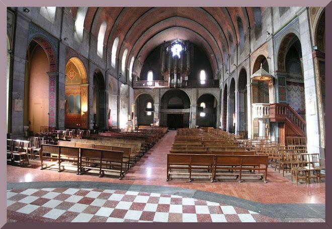 Intérieur de l'Eglise de Luchon