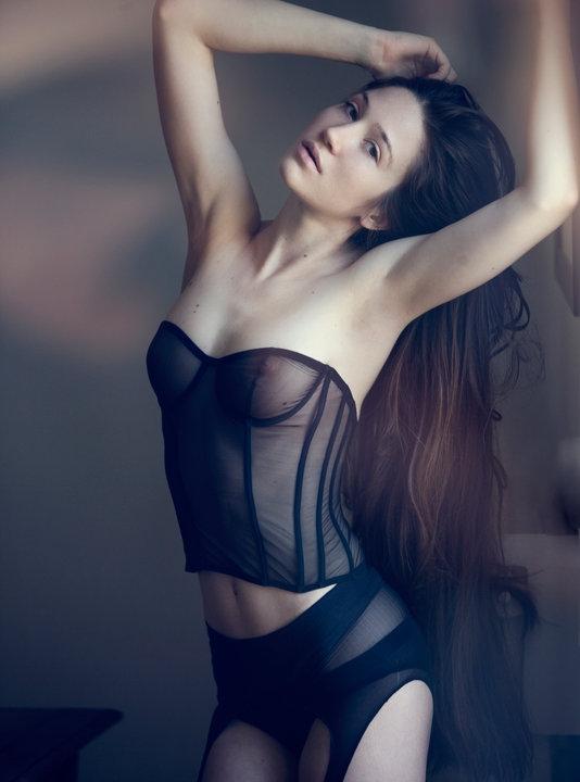 Taryn Andreatta Nude Photos 56
