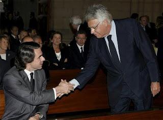 Felipe González y José María Aznar en el funeral por Leopoldo Calvo-Sotelo