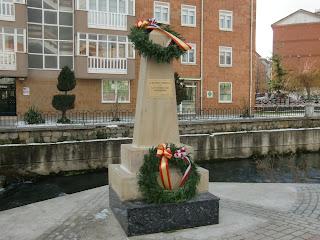 Monolito en recuerdo de las víctimas del terrorismo - Fotografía de Juan Nadie