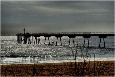 El pont del petroli. Badalona