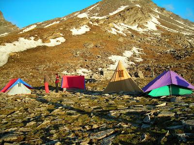 Roopkund Trek Bhagwabasa camp site Hunia Thal