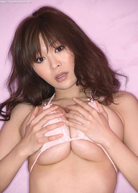 Yoko Matsugane Hot Bikini Babes