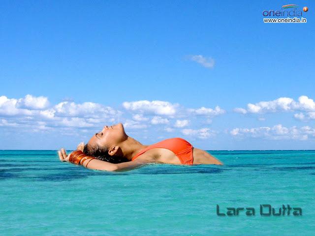 Lara Dutta Sexy Bikini Beach Wallpaper