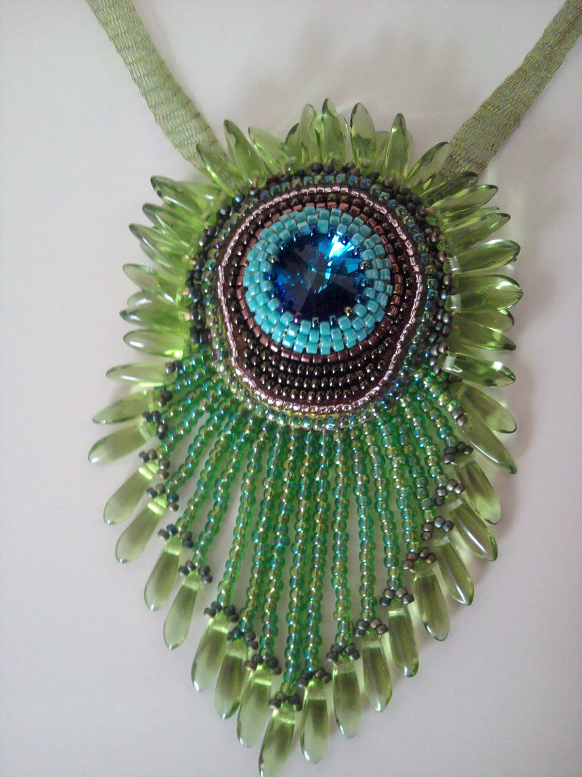 Peacock embroidery designs beads makaroka jo spick beadwork bead embroidery gallery bankloansurffo Images