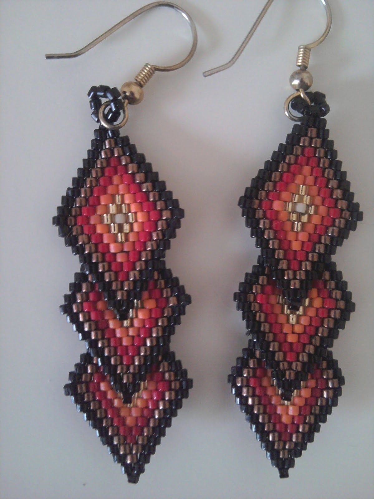 Brick Stitch Earrings in Beading http://jospickbeadwork.blogspot.com/p/beadweaving-gallery.html