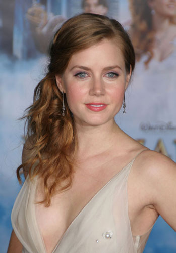 amy adams catch me if you can. The Hot Amy Adams Is A