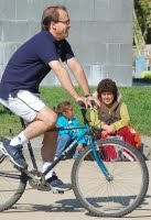 Alcalde de Maipú Alberto Undurraga en Bicicleta
