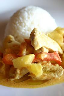 Pui in sos de ananas (versiune Chicken Chop Suey)