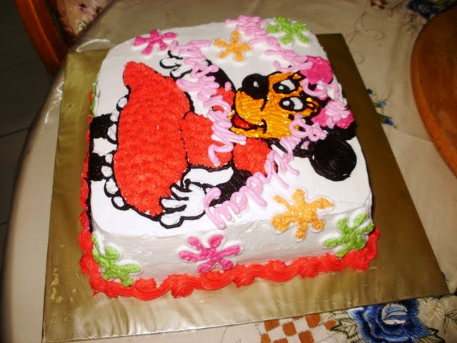 Homemade Minnie Mouse Sheet Cake Homemade Minnie Mouse ...