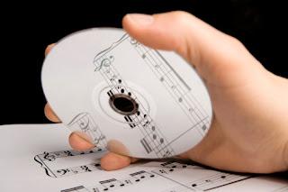 presenteie um amigo com um cd