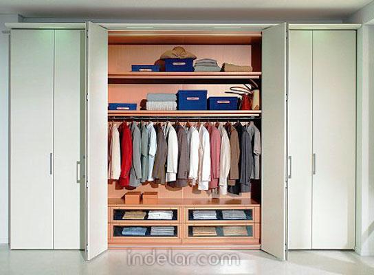Modelos de closet modernos imagui for Disenos de zapateras para closet