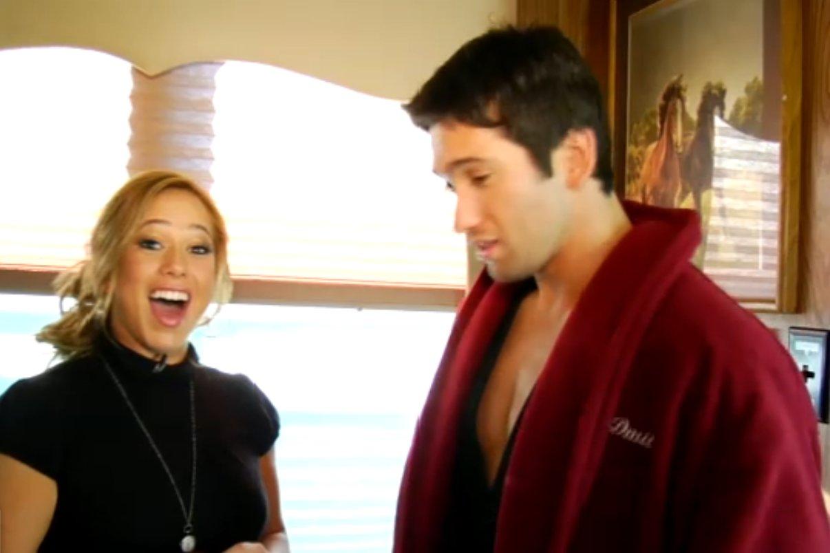 http://1.bp.blogspot.com/_oU7ZJ2HYQcw/SxXUc4BCiKI/AAAAAAAAA2A/caXCRrIJpAc/s1600/Sabrina-Bryan-backstagewk9abc13.jpg