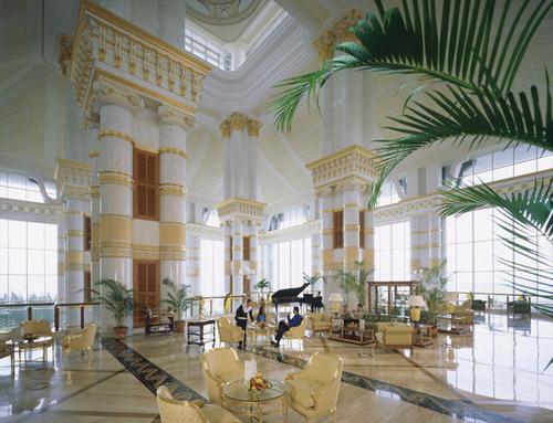 5 star photos hotel lobby picture interior design for Design hotel usa