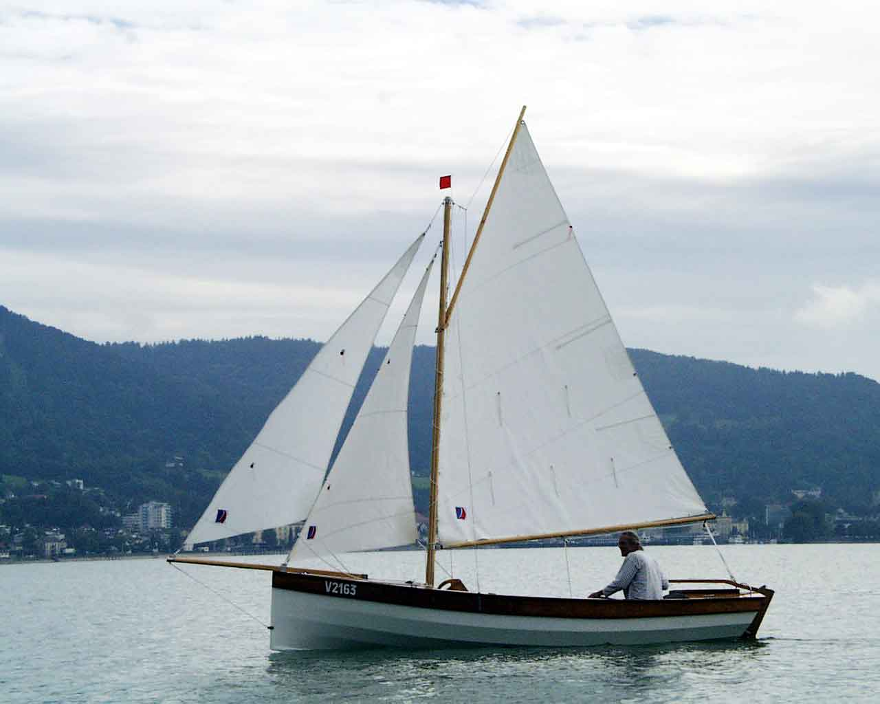 Campion Sail: Tom Dunderdale's 'Apple', et al. – Small Craft Advisor Blog