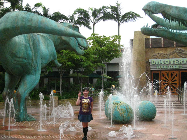 Universal Studios Singapore Characters Photo Ops ...