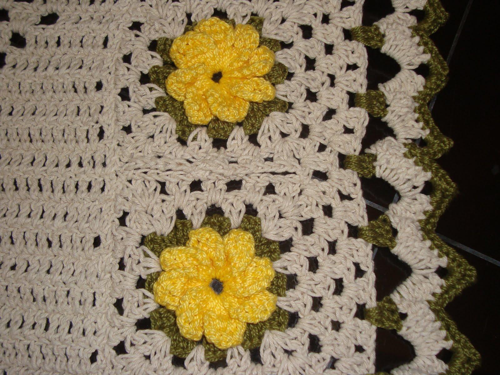 Jogo de banheiro em croche com flor catavento