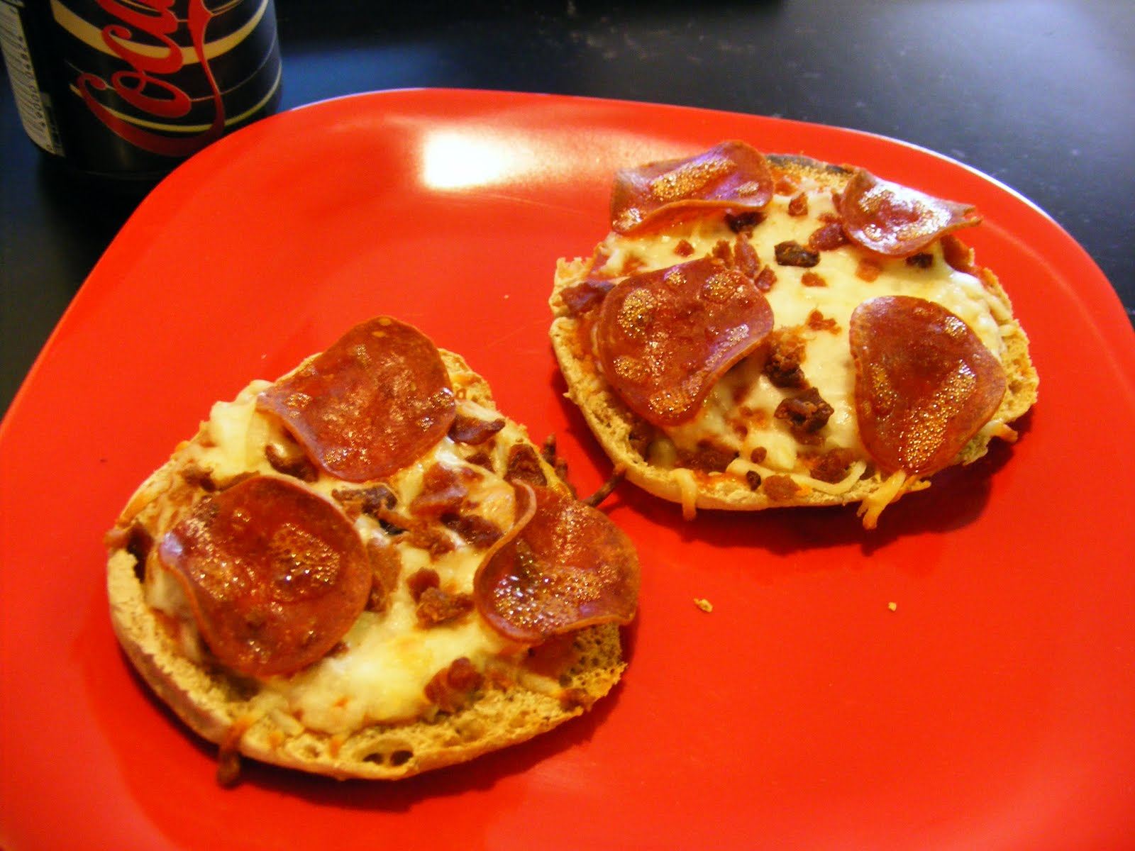 4 girls adventures with hungry girl i havent been losing any weight lately but i figured i would just eat lunch anyways i had the perfect pizzas from the recipe and survival book forumfinder Gallery