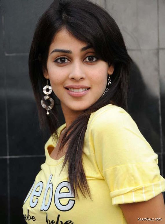 genelia d souza wallpapers. Genelia D souza Wallpapers