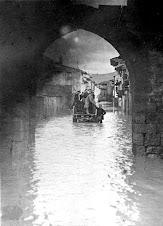 Calle Población sufre inundación