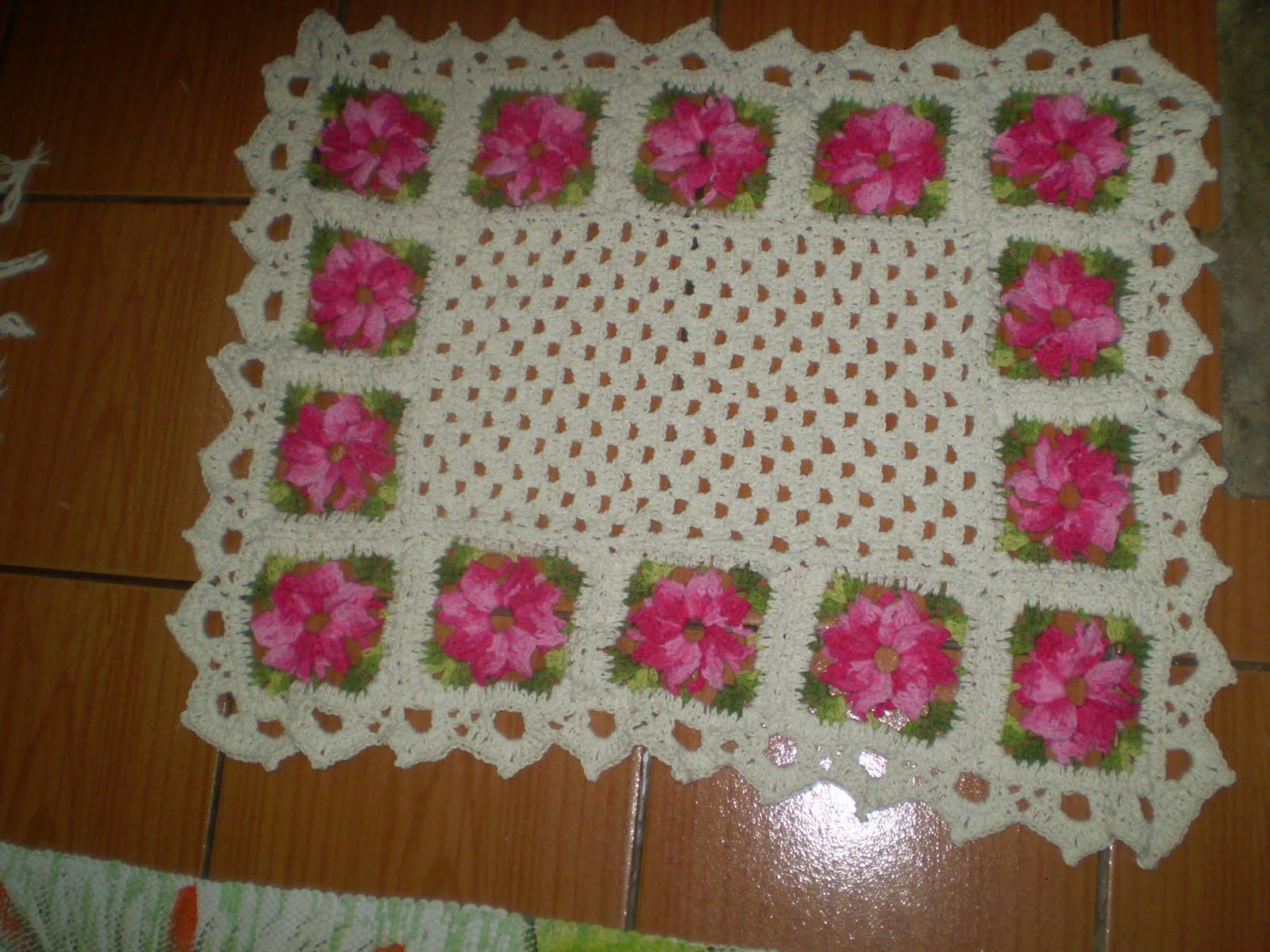 Adoro artesanatos tapete floral de croche for Tapete floral