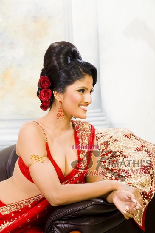 Our Lanka: Paboda sandeepani ( Rashi Paba ) in Red saree photos