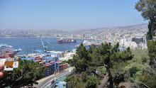 Quatchi looking at Valparaiso harbour