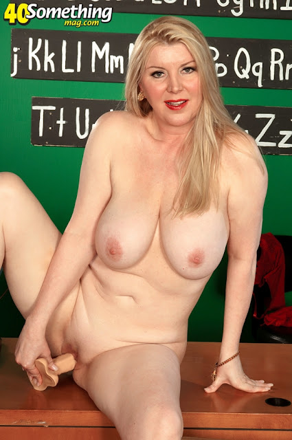 naked forty year old blondes