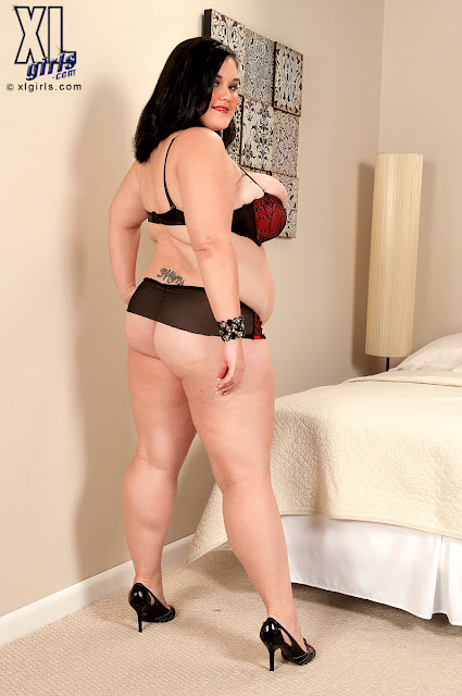 Lisa Canon &#8211; New BBW Model