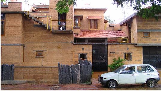 Low cost housing techniques for Low cost housing construction techniques