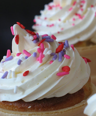 Vanilla Cream Cheese Cupcake Cones