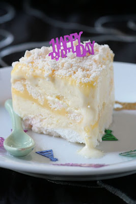 Lemon Meringue Ice Cream Cake-Copyright©Tartelette 2008