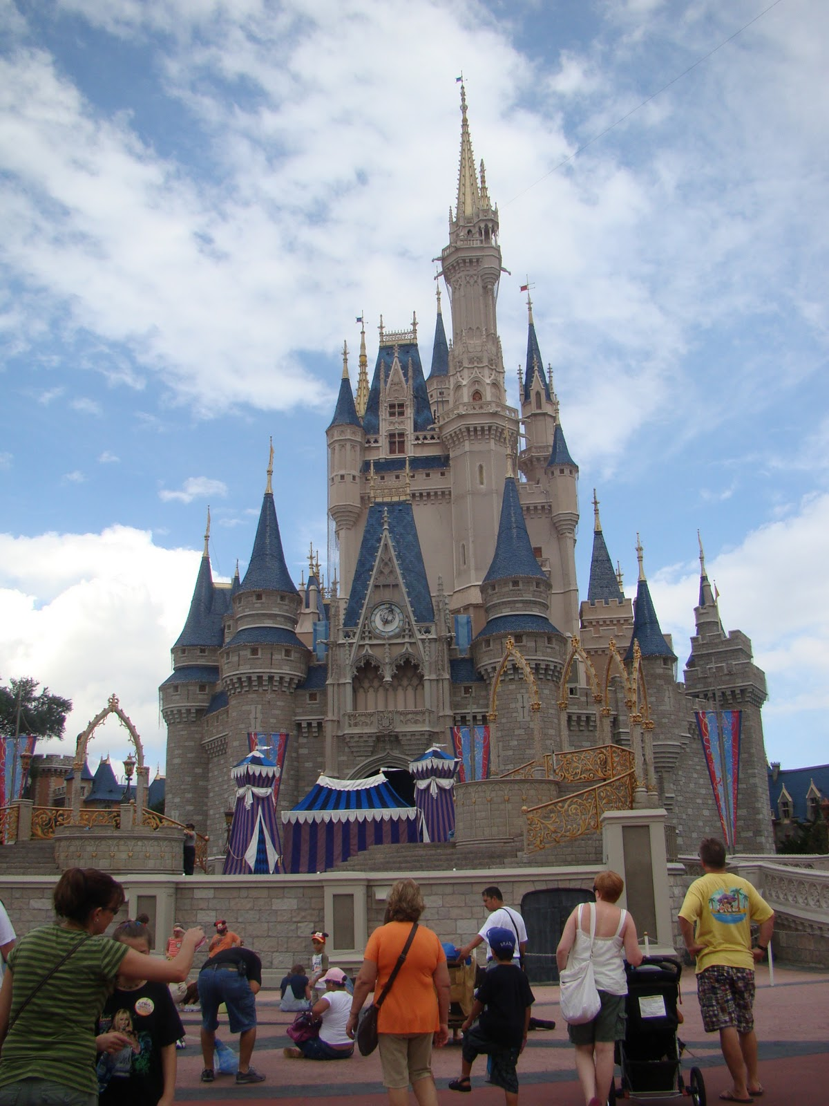 united states and disney Walt disney parks and resorts is one of the world's leading providers of family  travel and leisure experiences, giving millions of guests each year the chance to .