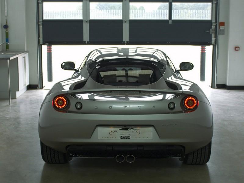 Lotus Evora GTE - Pagina 4 2010+Lotus+Evora+rear