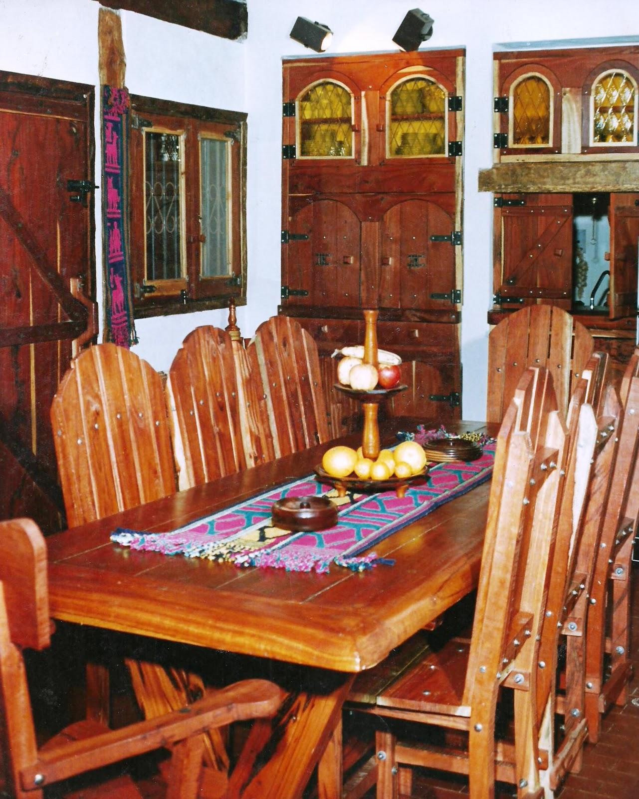 Nuestro quebracho diferentes estilos y el mueble de for Muebles antiguos argentina