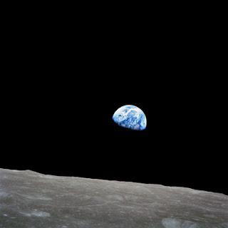 अपोलो 8 से देखा गया अद्भुत दृश्य : धरती का उदय