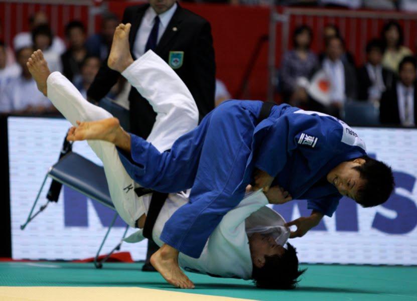 Beyond grappling november 2010 - Institut national du judo porte de chatillon ...