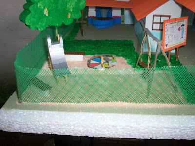 Norelkys algunas ideas maqueta de un preescolar for Maquetas de jardines