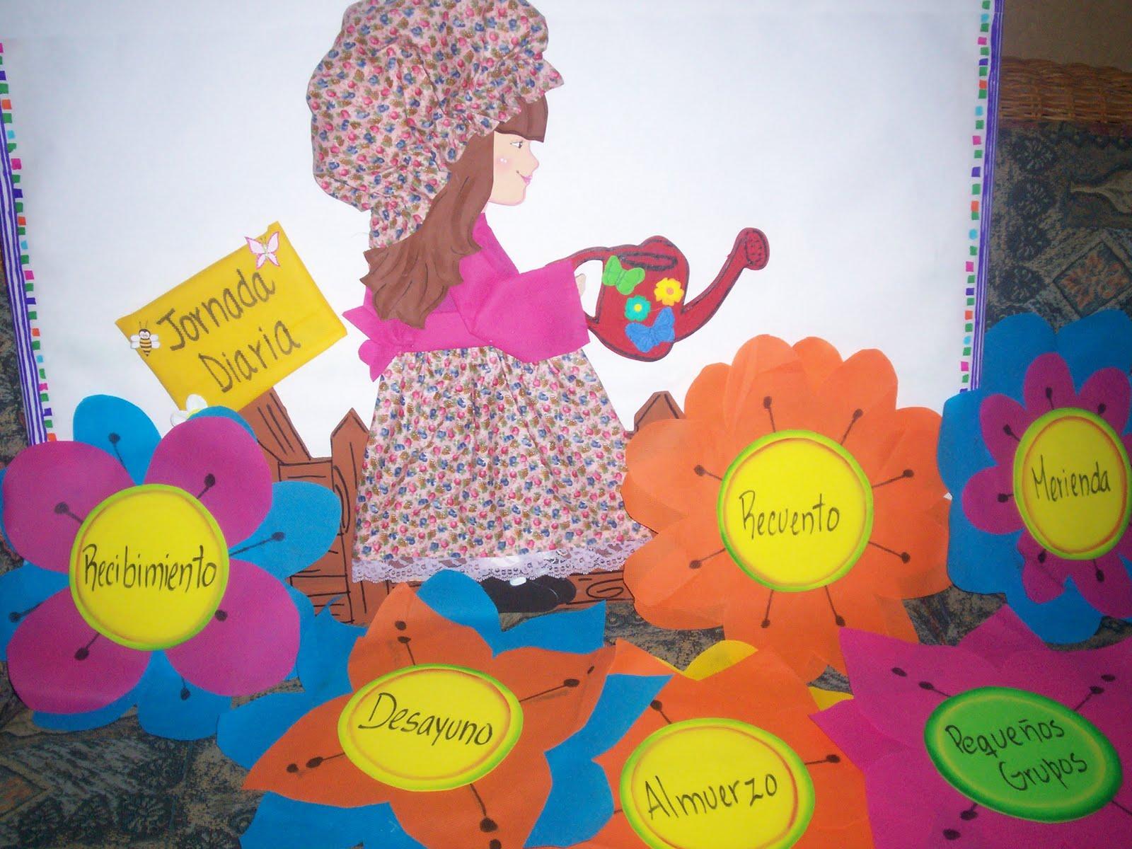de un preescolar y las flores estan elaboradas de una tela que se