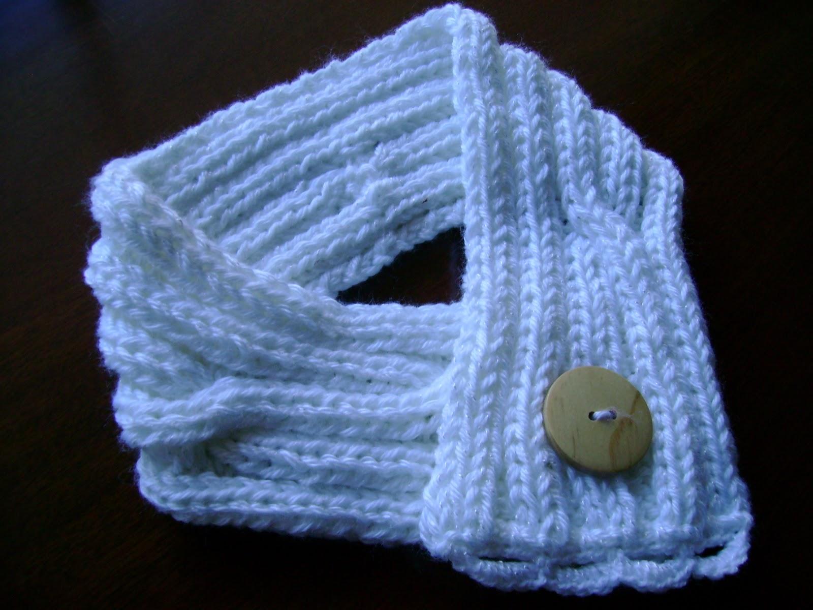 (llevala hacia arriba y sobre la aguja derecha) y teje dos puntos. Como tejer una bufanda para ninos.