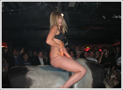 Sexy bull riding 1 Sexy bull riding!