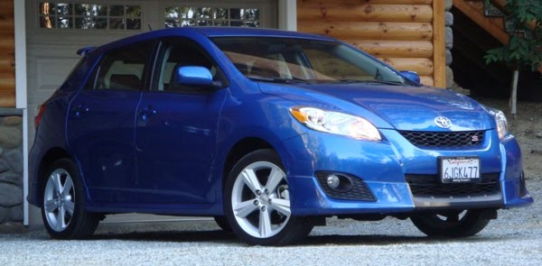 latest car styles and model 2010 toyota matrix review. Black Bedroom Furniture Sets. Home Design Ideas