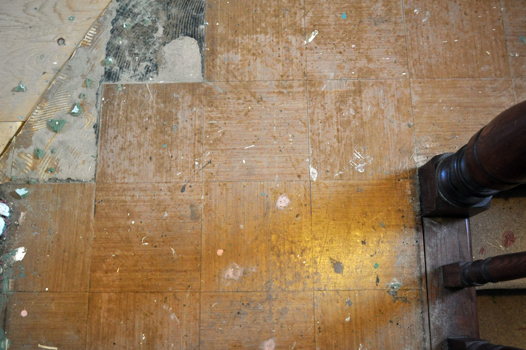 So This Is What The Asbestos Tiles Look Like The Black Stuff In The